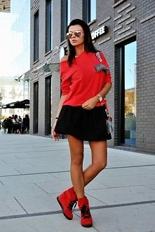 Bluzka damska czerwona   Klik w foto