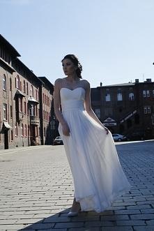 suknia z kolekcji polskieat...