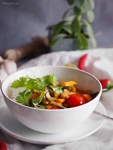 Czerwone curry z rybą, fasolką i batatami / Red curry with fish, beans and sweet potato