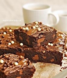 Najlepsze MOCNO czekoladowe BROWNIES. Przepis po kliknięciu w zdjęcie.
