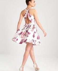 Rozkloszowana sukienka Chi ...