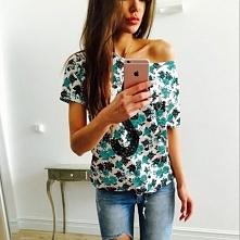 Piękna bluzka w kwiaty