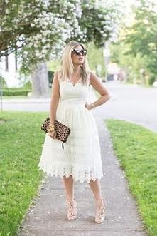 Przepiękna sukienka Chi Chi London idealna na lato.