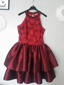 Sprzedam sukienkę rozmiar S/M. Polecam !