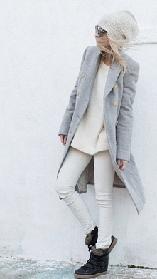 Ten płaszcz bardzo mi się podoba...