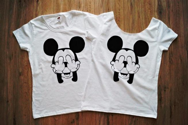 b0bf42497 Ręcznie malowane koszulki specjalnymi farbami do tkanin, które .. na ...