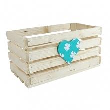 Drewniana skrzynka zdobiona sercem - koniczyna (BOX 32/17/16)