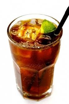 Napoje przyczyniają się w dużym stopniu do otyłości, ponieważ zawarty w nich sód wstrzymuje wodę i tłuszcz
