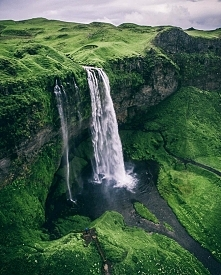 wodospad Seljalandsfoss, Islandia