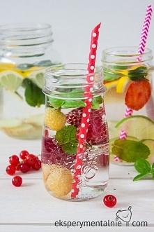 10 pomysłów na picie wody -...