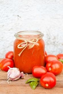 Prosty sos pomidorowy z pieczonych pomidorów