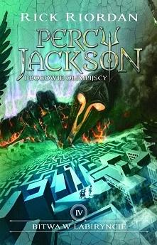 Percy Jackson nie spodziewa się niczego dobrego po dniu otwartym w nowej szko...