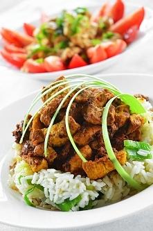 Nudna niedziela?nie u mnie,dziś pierś z kurczaka w curry z ryżem, przepis po kliknięciu w zdjęcie zapraszam na insta vaneska_fit