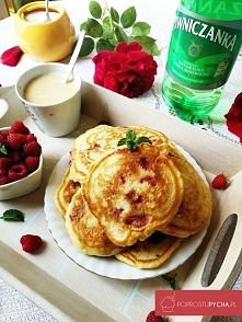 Śniadaniowe placuszki z malinami