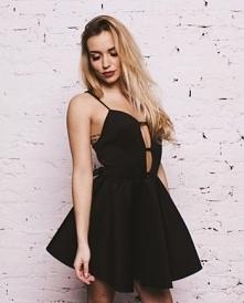 NUNU sukienka czarna rozkloszowana