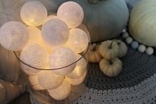 świecące kulki dekoracyjne cotton balls najładniej wyglądają po zmroku. Tworz...