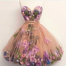 Kwiatowa sukienka :)