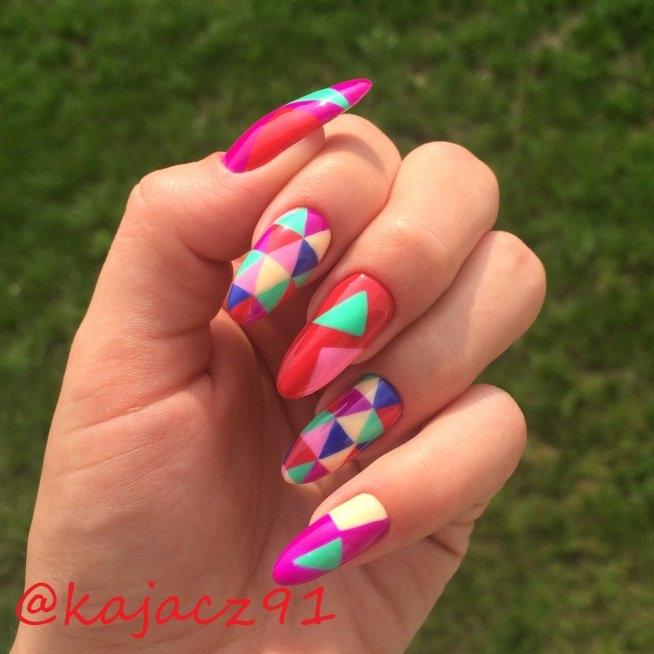 Zapraszam na mojego instagrama kajacz91 - tam podaje kolor i możecie zadawać pytania:)