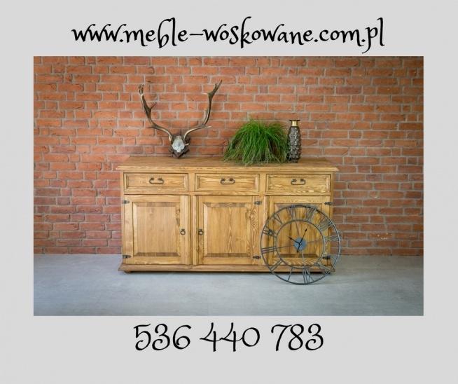 komoda woskowana z litego drewna