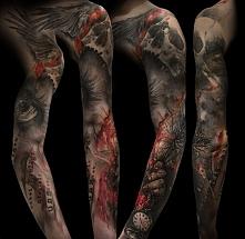 czaszka i stary zegarek tatuaż