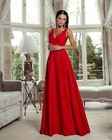 Dziewczyny pomóżcie. Co załozyc do takiej sukienki? 28 października jestem świadkową i nie wiem co do niej pasuje, a bedzie na pewno zimno!