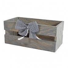 Drewniana skrzynka, kolor popielaty, zdobiona kokardą (BOX 23/11/10)