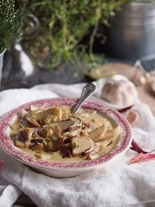 Sos grzybowy z pieczonym czosnkiem / Roasted garlic mushroom sauce