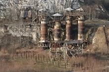 Kamieniołom Liban (woj. małopolskie)– potoczne określenie karnego obozu pracy...