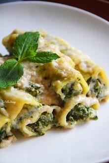 Włoskie cannelloni ze szpinakiem i ricottą. Przepis po kliknięciu w zdjęcie.