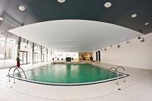 Jak Wam się podoba taki basen? Tuż nad nim rozpościera się piękna powłoka nap...
