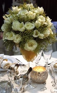 Szklany wazon pozwala na st...