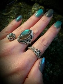 rings & nails
