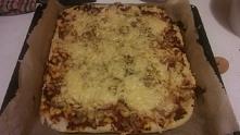 Kolacja. ^^ pizza domowej r...