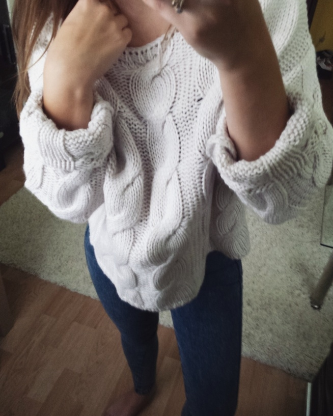 Ciepły sweterek <3 W sklepie mooonrose_butik