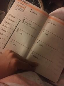 pierwszy tydzień mojego BuJo był trochę nie udany ale muszę się wprawić w planowanie i mam nadzieje ze z każdym kolejnym tygodniem zacznę go używać coraz bardziej