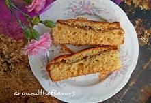 """Ciasto drożdżowe bez wyrabiania  """"Jesień, czyli czas na ciasta drożdżowe...""""      40 g drożdży     100 g masła     1 1/3 szklanki ciepłego mleka     3 szklanki mąki ps..."""
