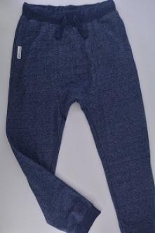Nowe, dresowe spodnie 164 c...
