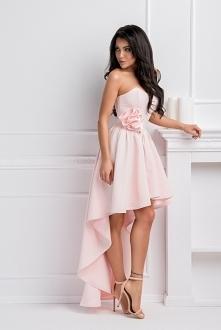 Najpiękniejsze sukienki tyl...