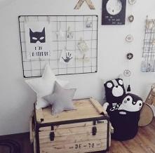 Tablica kreatywna w pokoju dziecka - bezpieczna i piękna dekoracja w skandynawskim stylu :)  Nasze produkty znajdziesz tu: naszedomowepielesze.pl FB: Nasze Domowe Pielesze Insta...
