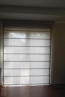 Roleta rzymska na oknie balkonowym - dobre rozwiązanie! :) Szukasz takich rolet? Napisz do nas! naszedomowepielesze@gmail.com naszedomowepielesze.pl FB: Nasze Domowe Pielesze