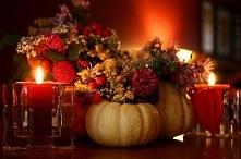 2- 21.09 Razem z rodziną przygotowujemy ozdoby jesienne do naszego domu. Liście, kasztany, jarzębina i aromatyczne świece robią w naszym domu niepowtarzalny, jesienny klimat
