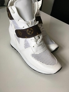 Dla Pań coś od Louis Vuitton...jak? Ja zdanie Swoje mam;)