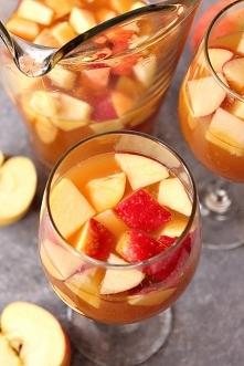 Sangria z karamelem i jablkami. Przepis po kliknieciu w zdjecie.