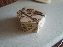 szkatułka ręcznie wypalana :)