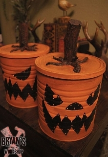 Coffee Can Jack O' Lanterns With Lights!