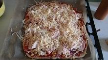 Domowa pizza najlepsza. :)