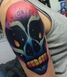 kosmita obcy tatuaż