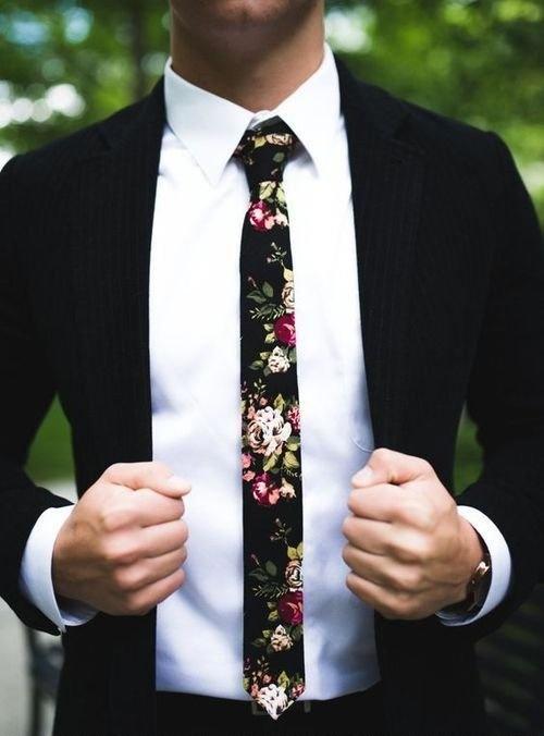 Drogie dziewczyny wiecie gdzie można kupić taki krawat ?