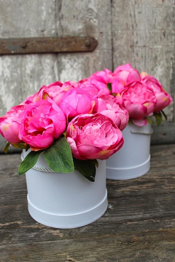 dekoracje kwiatowe - flower box z pracowni tendom.pl
