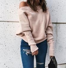 Sweterek.